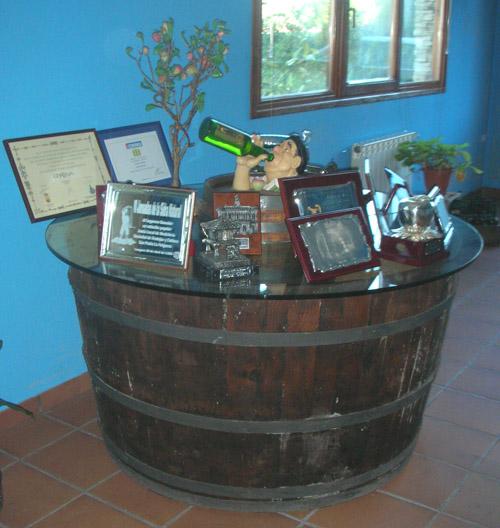 Toneles barricas y barriles de sidra para decoracion - Muebles montilla malaga ...